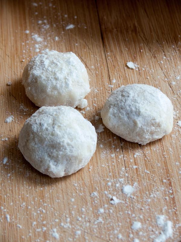 Macadamia Mexican Wedding Cookies  2