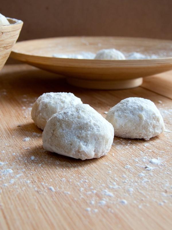 Macadamia Mexican Wedding Cookies 8